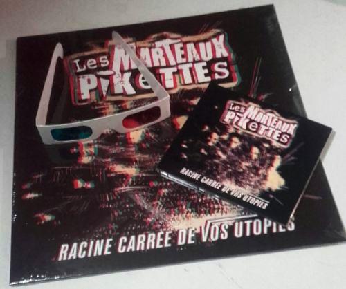 L'album des Marteaux Pikettes et ses lunettes 3D
